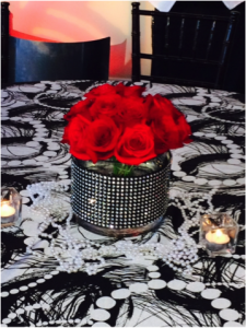 roaring-20s-red-rose-centerpiece