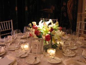 Classic elegant wedding centerpiece